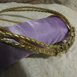 Jewelry - 🆕NECKLACE